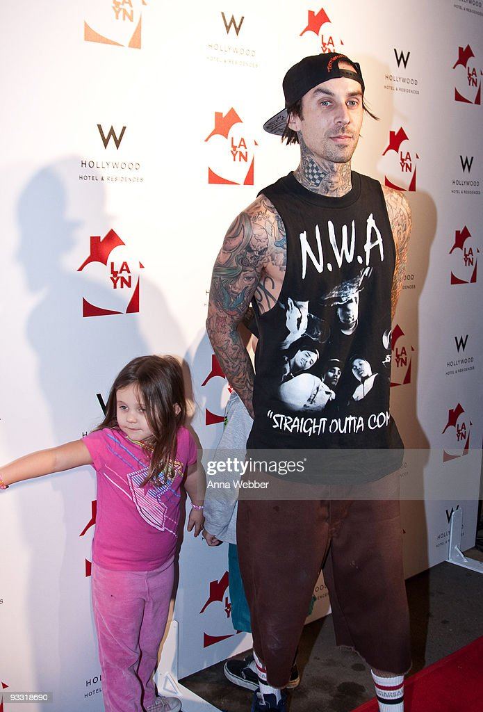 Travis Barker arrives to Los Angeles Youth Network Benefit Rock Concert at the Avalon on November 22, 2009 in Hollywood, California.