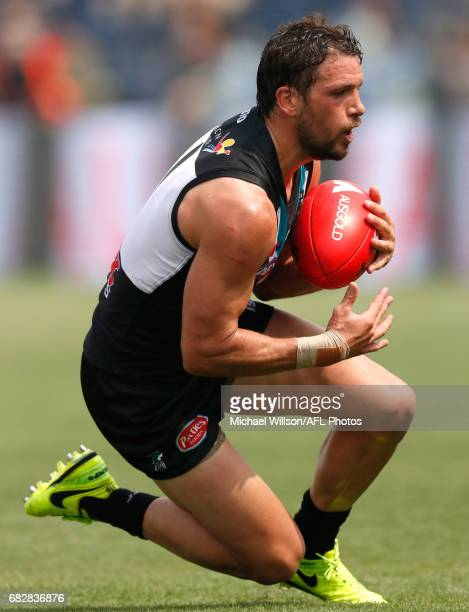 Travis Boak of the Power in action during the 2017 AFL round 08 match between the Gold Coast Suns and Port Adelaide Power at Jiangwan Sports Stadium...