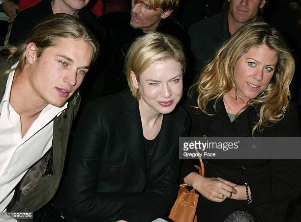 Travis Fimmel Renee Zellweger and Marci Klein