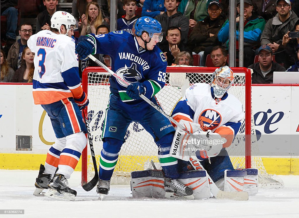 New York Islanders v Vancouver Canucks