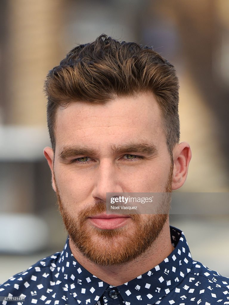 Cast of MadTV And Travis Kelce on