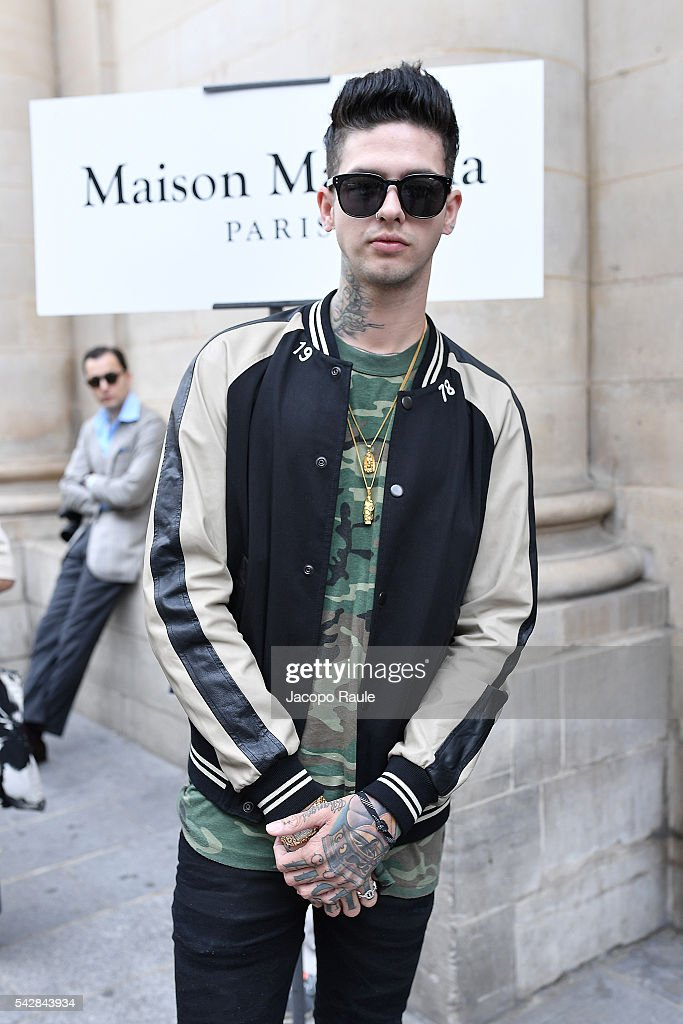 Travis Mills is seen arriving at Maison Margiela Show during Paris Fashion Week - Menswear Spring/Summer 2017 on June 24, 2016 in Paris, France.