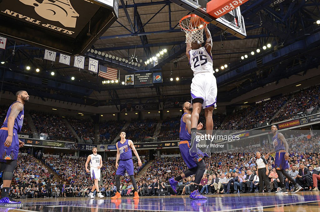 <a gi-track='captionPersonalityLinkClicked' href=/galleries/search?phrase=Travis+Outlaw&family=editorial&specificpeople=203322 ng-click='$event.stopPropagation()'>Travis Outlaw</a> #25 of the Sacramento Kings rebounds against the Phoenix Suns on April16, 2014 at Sleep Train Arena in Sacramento, California.