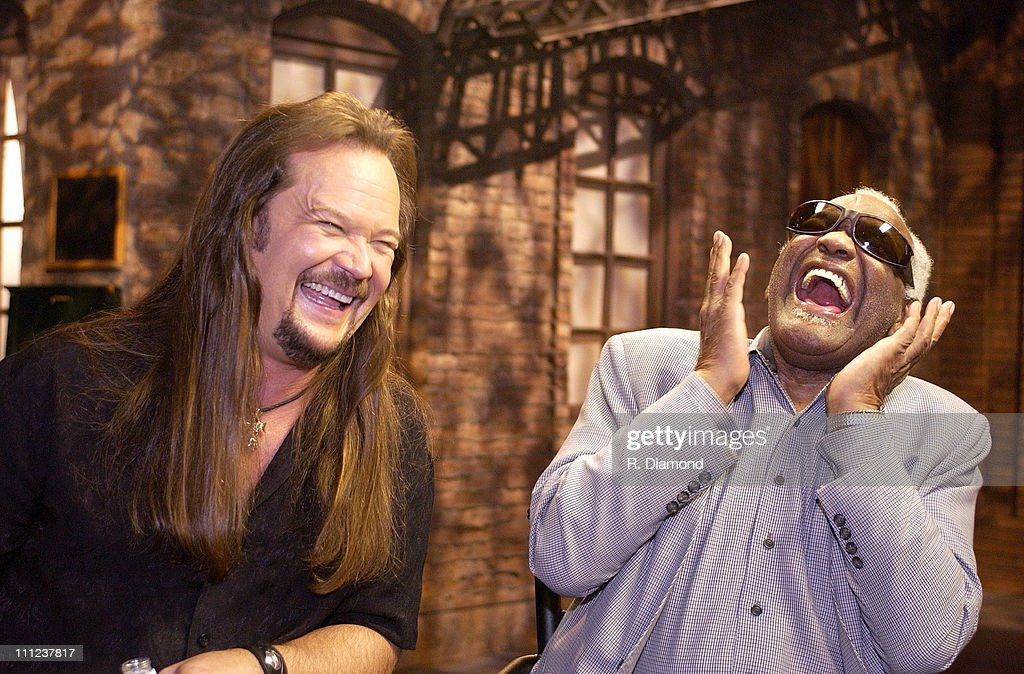Travis Tritt and Ray Charles during Ray Charles and Travis Tritt Perform on CMT's Crossroads at Grand Old Opry House in Nashville Tennessee United...