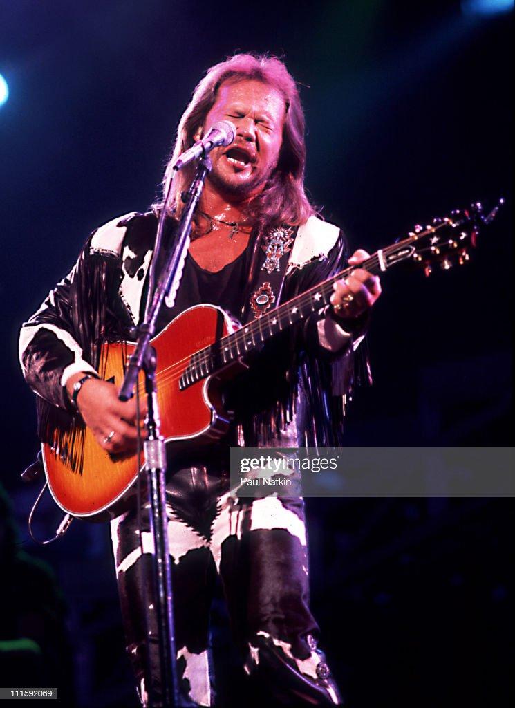 Travis Tritt during Travis Tritt in Concert August 15 1995 at Star Plaza Theater in Merillvile Indiana United States