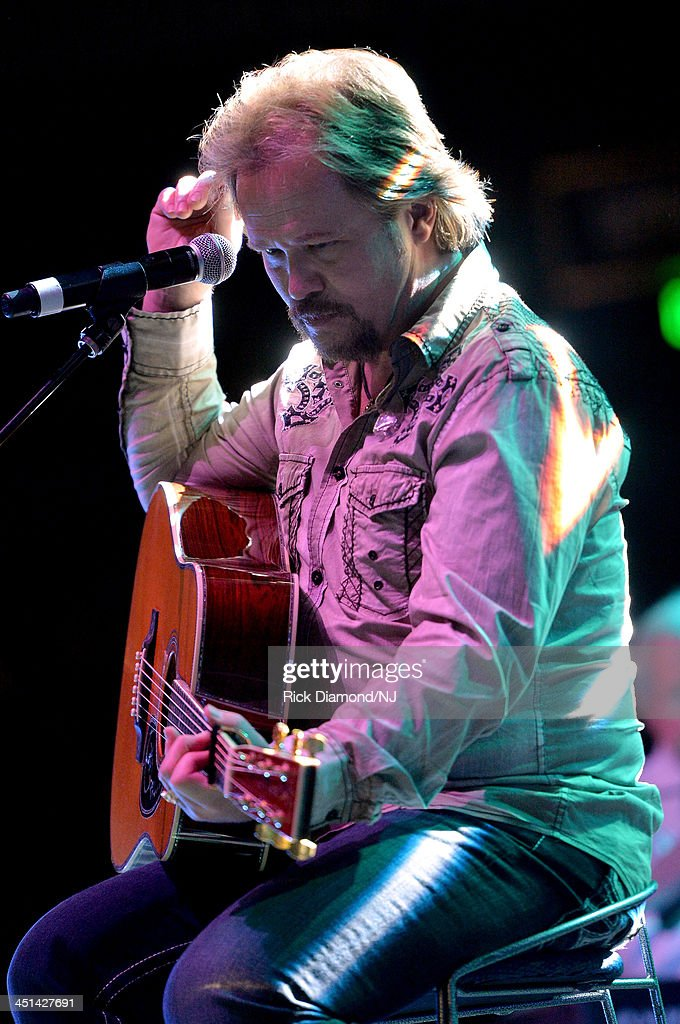 <a gi-track='captionPersonalityLinkClicked' href=/galleries/search?phrase=Travis+Tritt&family=editorial&specificpeople=215125 ng-click='$event.stopPropagation()'>Travis Tritt</a> performs during rehearsals for Playin' Possum! The Final No Show Tribute To George Jones at Bridgestone Arena on November 22, 2013 in Nashville, Tennessee.