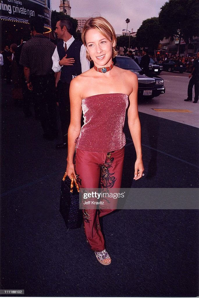 Traylor Howard at the 1998 premiere of Saving Private Ryan in Westwood.