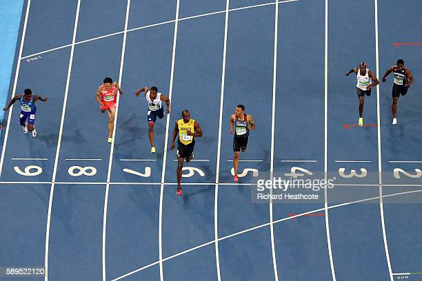 Trayvon Bromell of the United States Ryota Yamagata of Japan Chijindu Ujah of Great Britain Usain Bolt of Jamaica Andre De Grasse of Canada Andrew...