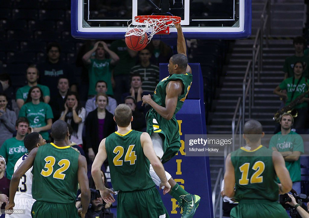 TrayVonn Wright #32 of the North Dakota State Bison dunks the ball against the Notre Dame Fighting Irish at Purcel Pavilion on December 11, 2013 in South Bend, Indiana. North Dakota State defeated Notre Dame 73-69.