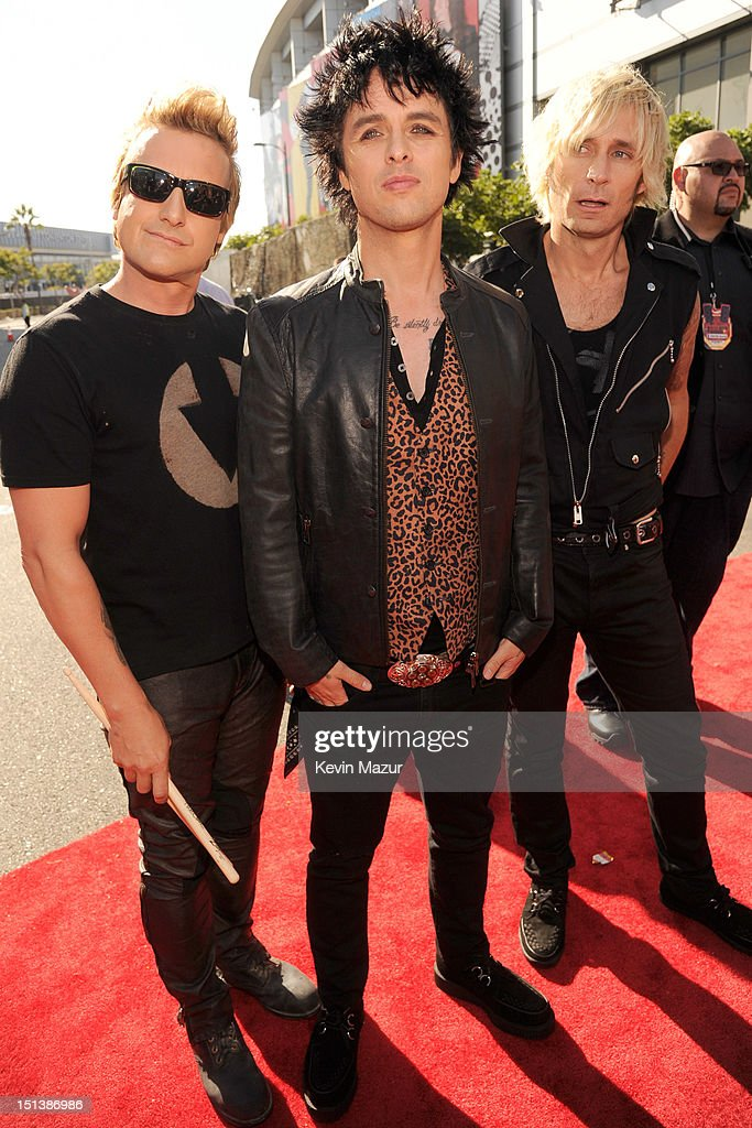 tre cool dating 2012 Green day recorded the album from february to june 2012 at ¡tre series—an entire trilogy just to pun on drummer tre cool's name—proves beyond.
