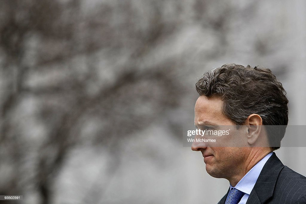S Treasury Secretary Timothy Geithner awaits the arrival of Australian Prime Minister Kevin Rudd outside the Treasury Building November 30 2009 in...