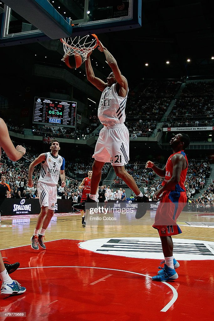 Tremmell Darden, #21 of Real Madrid in action during the 2013-2014 Turkish Airlines Euroleague Top 16 Date 11 game between Real Madrid v CSKA Moscow at Palacio Deportes Comunidad de Madrid on March 20, 2014 in Madrid, Spain.