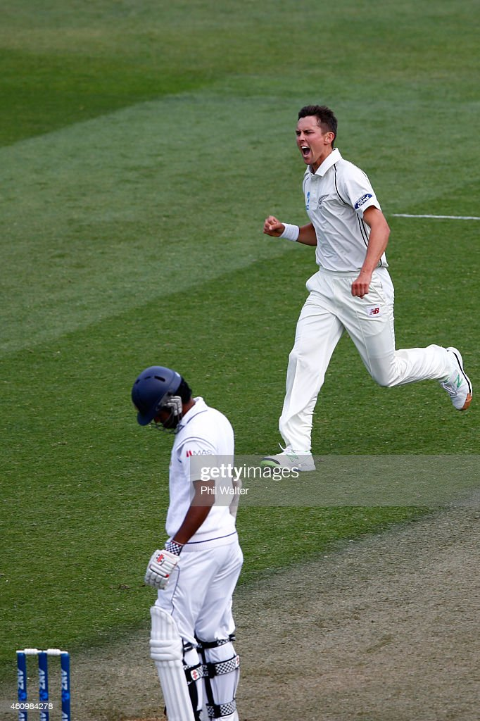 Trent Boult of New Zealand celebrates his wicket of Dimuth Karunaratne of Sri Lanka during day one of the Second Test match between New Zealand and Sri Lanka at Basin Reserve on January 3, 2015 in Wellington, New Zealand.