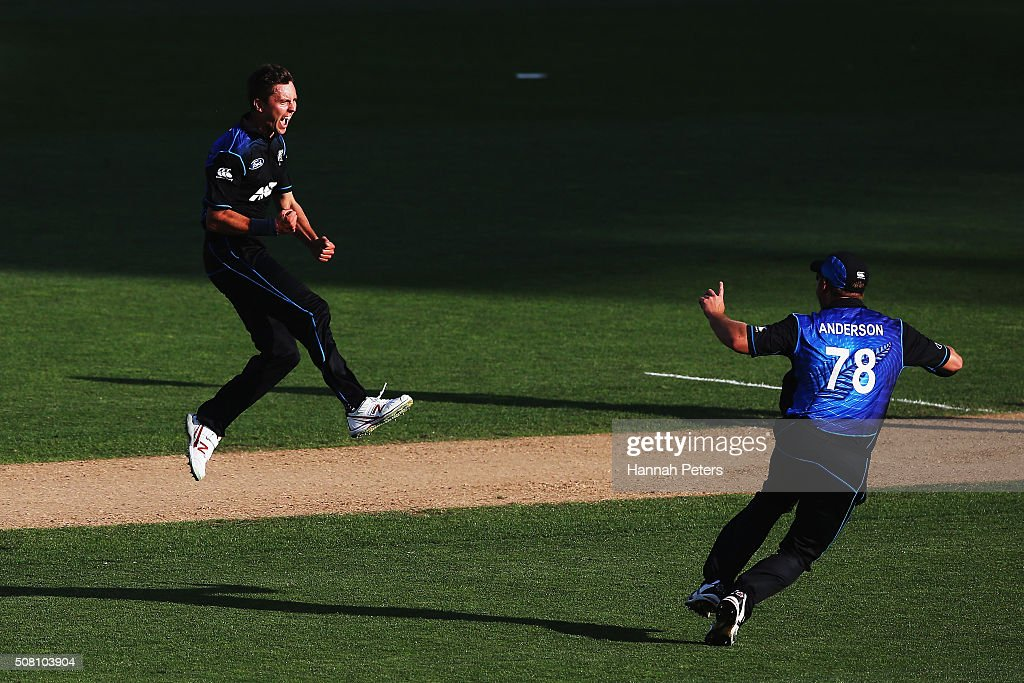 <a gi-track='captionPersonalityLinkClicked' href=/galleries/search?phrase=Trent+Boult&family=editorial&specificpeople=4880813 ng-click='$event.stopPropagation()'>Trent Boult</a> of the Black Caps celebrates the wicket of Mitchell Marsh of Australia with <a gi-track='captionPersonalityLinkClicked' href=/galleries/search?phrase=Corey+Anderson+-+Cricketspeler&family=editorial&specificpeople=12457249 ng-click='$event.stopPropagation()'>Corey Anderson</a> of the Black Caps during the One Day International match between New Zealand and Australia at Eden Park on February 3, 2016 in Auckland, New Zealand.