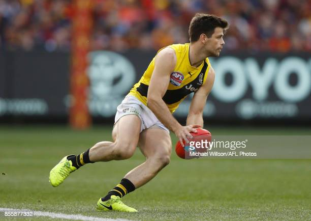 Trent Cotchin of the Tigers in action during the 2017 Toyota AFL Grand Final match between the Adelaide Crows and the Richmond Tigers at the...