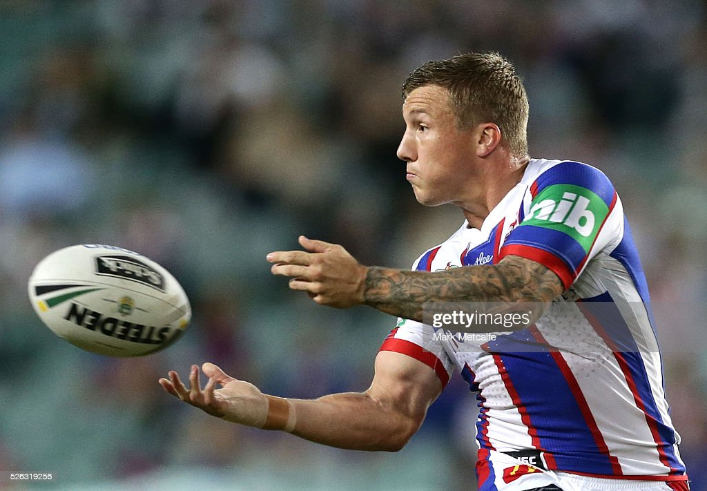 <a gi-track='captionPersonalityLinkClicked' href=/galleries/search?phrase=Trent+Hodkinson&family=editorial&specificpeople=6735301 ng-click='$event.stopPropagation()'>Trent Hodkinson</a> of the Knights passes the ball during the round nine NRL match between the Sydney Roosters and the Newcastle Knights at Allianz Stadium on April 30, 2016 in Sydney, Australia.