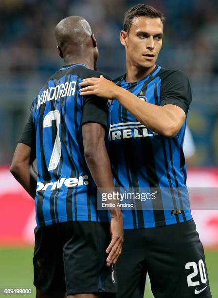 Trent Lucas Sainsbury of FC Internazionale Milano celebrates with his teammate Geoffrey Kondogbia during the Serie A match between FC Internazionale...