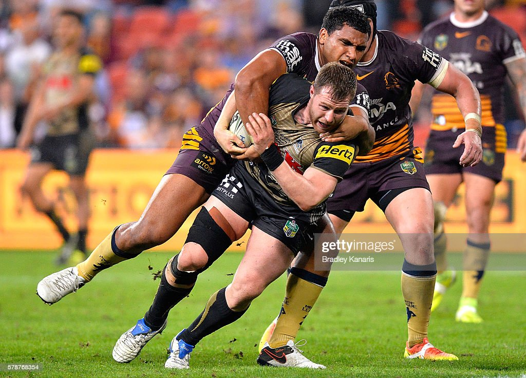 Trent Merrin of the Panthers pushes through the defence to score a try during the round 20 NRL match between the Brisbane Broncos and the Penrith Panthers at Suncorp Stadium on July 22, 2016 in Brisbane, Australia.