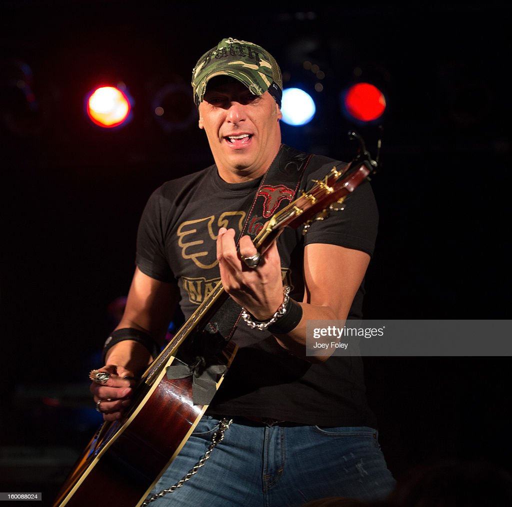 <a gi-track='captionPersonalityLinkClicked' href=/galleries/search?phrase=Trent+Tomlinson&family=editorial&specificpeople=619205 ng-click='$event.stopPropagation()'>Trent Tomlinson</a> performs in concert at 8 Second Saloon on January 25, 2013 in Indianapolis, Indiana.