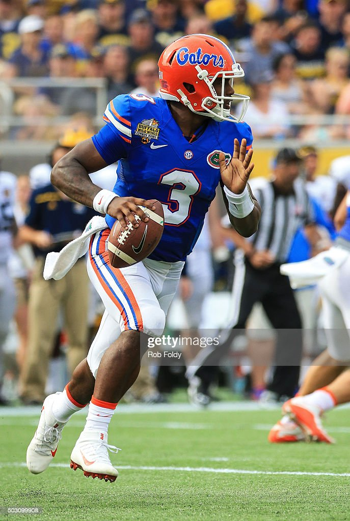 Treon Harris #3 of the Florida Gators in action during the first half of the Buffalo Wild Wings Citrus Bowl game against the Michigan Wolverines at Orlando Citrus Bowl on January 1, 2016 in Orlando, Florida.