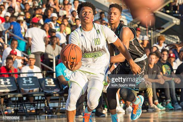 Trevon Duval goes to the basket during the first half of the Under Armour Elite 24 game at Brooklyn Bridge Park in Brooklyn NY