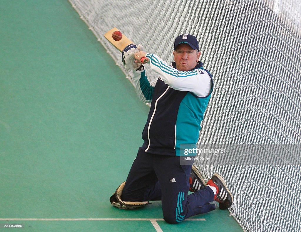 <a gi-track='captionPersonalityLinkClicked' href=/galleries/search?phrase=Trevor+Bayliss+-+Cricket+Coach&family=editorial&specificpeople=14620221 ng-click='$event.stopPropagation()'>Trevor Bayliss</a> Head Coach during England Nets session ahead of the 2nd Investec Test match between England and Sri Lanka at Emirates Durham ICG on May 26, 2016 in Chester-le-Street, United Kingdom.