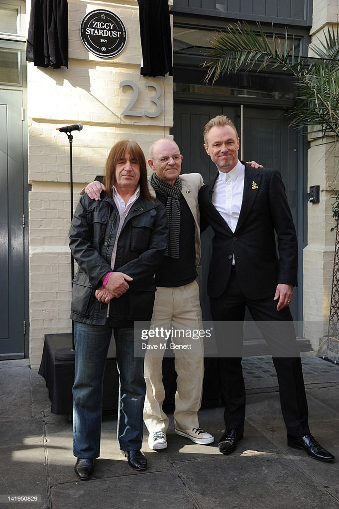 Trevor Bolder, Woody Woodmansey and Gary Kemp attend the unveiling of a plaque dedicated to David Bowie's famous character Ziggy Stardust on March 27, 201 in London, England. The plaque has been installed on Heddon Street, London, which was the location of the album cover photograph for 'The Rise and Fall of Ziggy Stardust and the Spiders from Mars'.