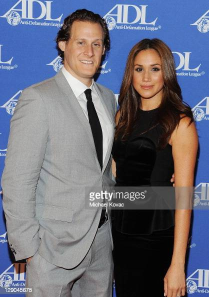 Trevor Engelson and wife actress...
