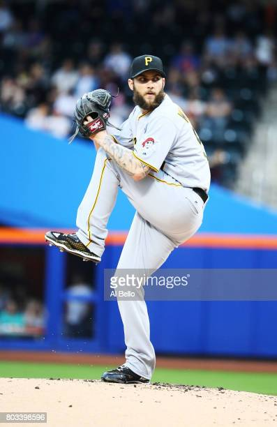 Trevor Williams of the Pittsburgh Pirates pitches against the New York Mets during their game at Citi Field on June 4 2017 in New York City