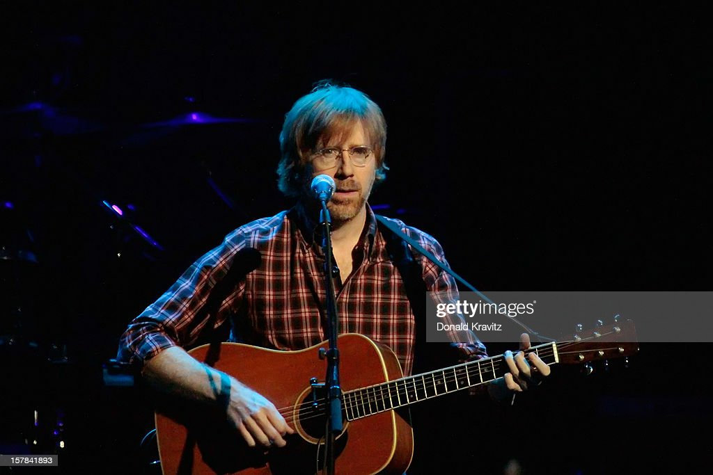 <a gi-track='captionPersonalityLinkClicked' href=/galleries/search?phrase=Trey+Anastasio&family=editorial&specificpeople=214116 ng-click='$event.stopPropagation()'>Trey Anastasio</a> performs at Borgata Hotel Casino & Spa on December 6, 2012 in Atlantic City, New Jersey.