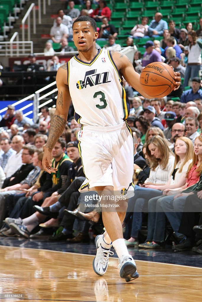 <a gi-track='captionPersonalityLinkClicked' href=/galleries/search?phrase=Trey+Burke&family=editorial&specificpeople=8770717 ng-click='$event.stopPropagation()'>Trey Burke</a> #3 of the Utah Jazz handles the ball against the New Orleans Pelicans at EnergySolutions Arena on April 04, 2014 in Salt Lake City, Utah.