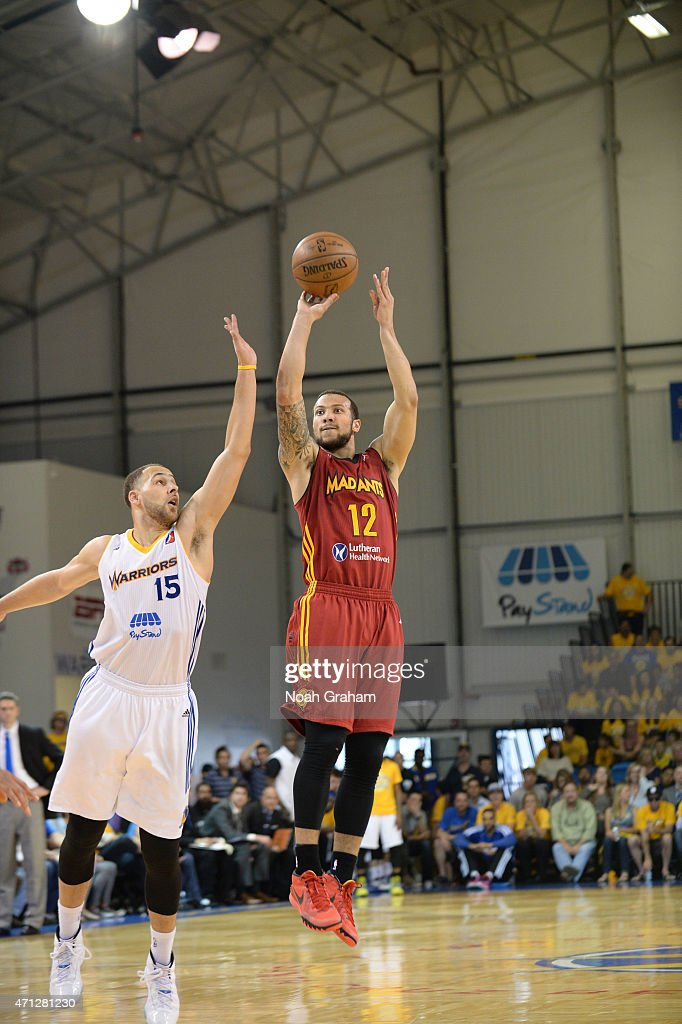 Trey Mckinney Jones #12 of the Fort Wayne Mad Ants shoots against <a gi-track='captionPersonalityLinkClicked' href=/galleries/search?phrase=Mychel+Thompson&family=editorial&specificpeople=4785877 ng-click='$event.stopPropagation()'>Mychel Thompson</a> #15 of the Santa Cruz Warriors in Game Two of the NBA D-League Finals on April 26, 2015 at Kaiser Permanente Arena in Santa Cruz, California.