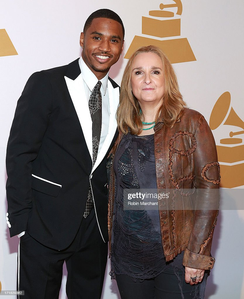 <a gi-track='captionPersonalityLinkClicked' href=/galleries/search?phrase=Trey+Songz&family=editorial&specificpeople=674835 ng-click='$event.stopPropagation()'>Trey Songz</a> (L) and <a gi-track='captionPersonalityLinkClicked' href=/galleries/search?phrase=Melissa+Etheridge&family=editorial&specificpeople=206313 ng-click='$event.stopPropagation()'>Melissa Etheridge</a> attend The Recording Academy Honors 2013 at 583 Park Avenue on June 25, 2013 in New York City.