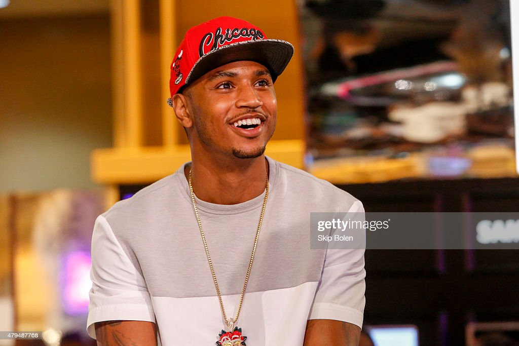 Trey Songz attends the Samsung Galaxy Experience at the ESSENCE Festival on July 4 2015 in New Orleans Louisiana