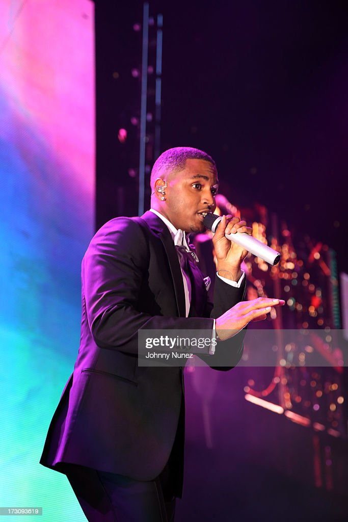 Trey Songz performs during the 2013 Essence Festival at the Mercedes-Benz Superdome on July 6, 2013 in New Orleans, Louisiana.