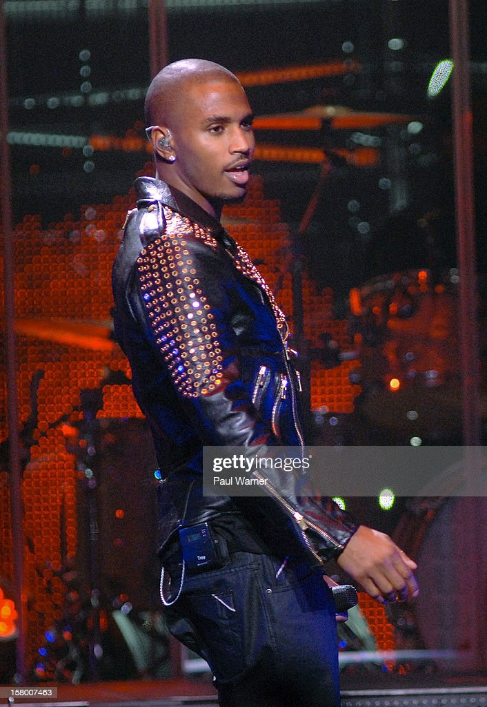 Trey Songz performs in concert at Fox theater on December 7, 2012 in Detroit, Michigan.