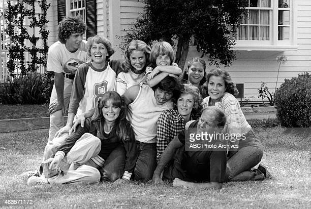 ENOUGH 'Trial Marriage' Airdate September 21 1977 FRONT ROW SUSAN RICHARDSONGRANT GOODEVEBETTY BUCKLEYDICK VAN PATTEN BACK ROW WILLIE AAMESLAURIE...