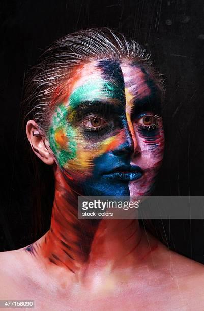 tribal femme portrait avec maquillage