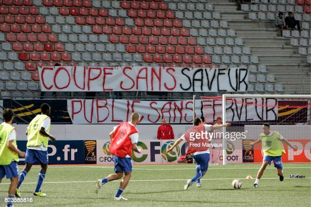 Tribune vide avec banderole supporters 'Coupe sans saveur public sans ferveur' Nancy / Auxerre 1/16 de finale de la Coupe de la Ligue