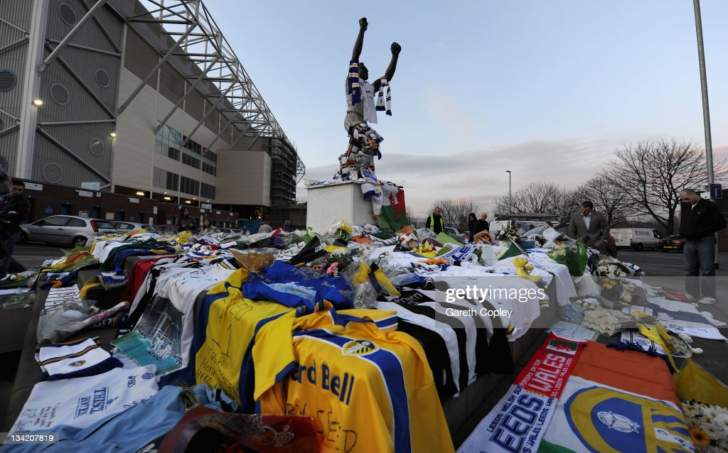Tributes are left at the Billy Bremner statue outside Elland Road football ground in memory of former player Leeds United Gary Speed on November 28, 2011 in Leeds, England. Wales Manager Gary Speed, 42, was found dead on November 27, 2011 in Cheshire, England.