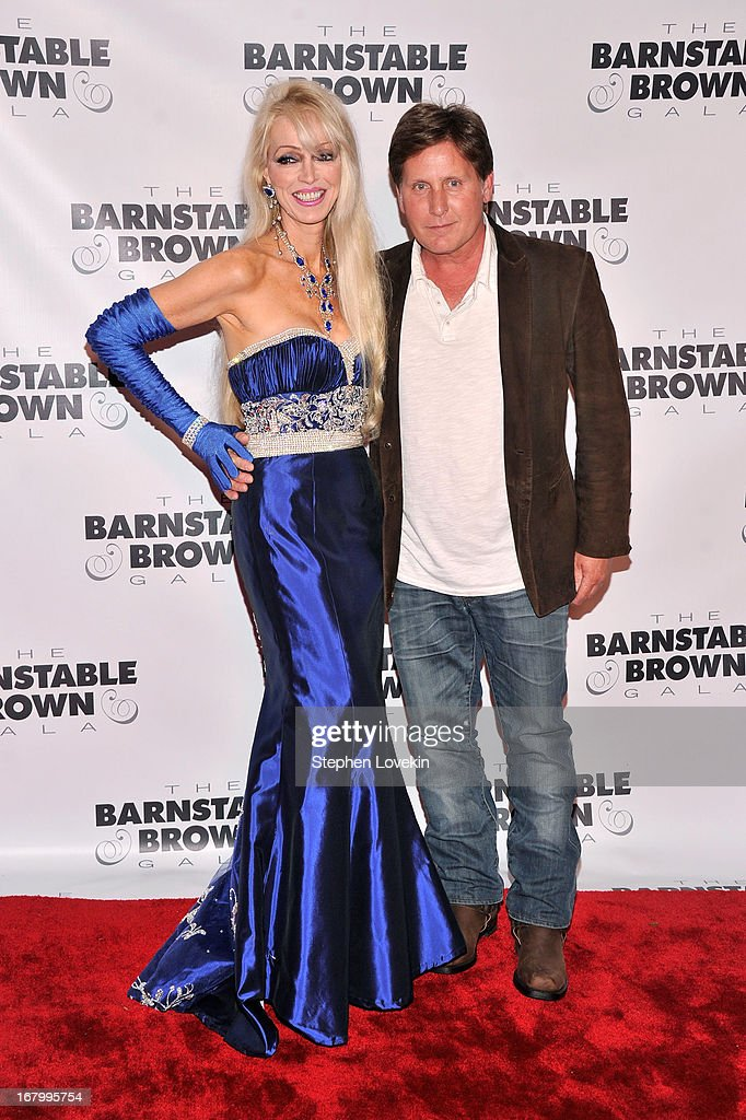 Tricia Barnstable Brown and Emilio Estevez attend the 2013 Barnstable-Brown Derby gala at Barnstable-Brown House on May 3, 2013 in Louisville, Kentucky.