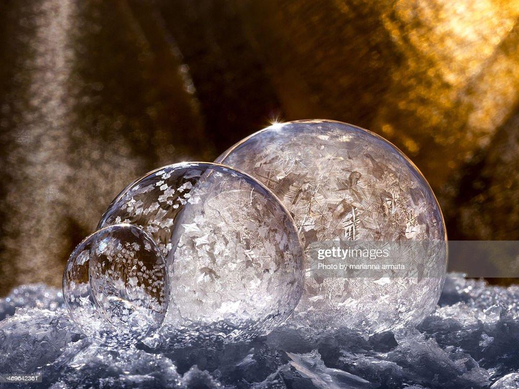 Tripple frozen bubbles : Stock Photo