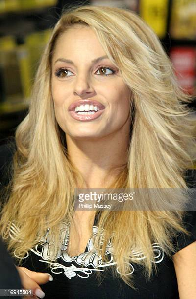Trish Stratus Nude Photos 61