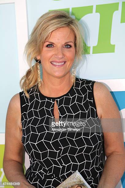 Trisha Yearwood attends Whole Foods Market Grand Tasting Village Featuring MasterCard® Grand Tasting Tents during the Food Network South Beach Wine...