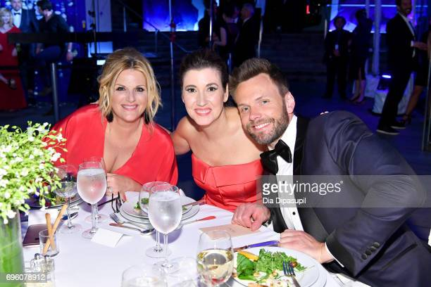 Trisha Yearwood Elizabeth Mumsmanno and Joel McHale attend the 2017 Fragrance Foundation Awards Presented By Hearst Magazines at Alice Tully Hall on...