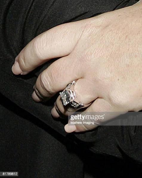 Trisha Yearwoods engagement ring from...