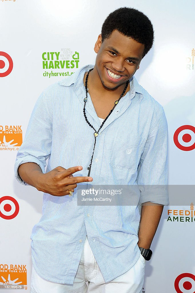 Target Party For Good - Making Meals To Feed Young Minds - Red Carpet