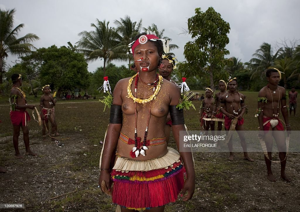 an overview of the trobrianders of papua new guinea Woman of trobriand in papua new guinea frank laskowski papua new guinea overview - duration: papua new guinea (2005) - duration: 8:10.