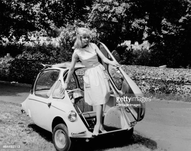 Trojan 'Bubble Car' c1962 The Trojan 200 3wheeler was advertised as a 'Youngfamily car to suit the youngfamily pocket' It cost £329 pounds 17...