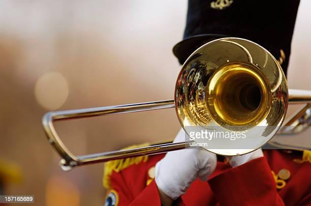 Trombón en desfile
